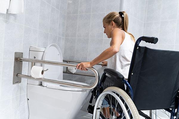 Badezimmer für Rollstuhlfahrer